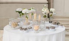 Шведский стол конфеты стоковая фотография rf