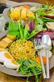 Шевелить-зажаренный рис с зеленым карри Стоковое Изображение RF