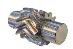 Шевронное toothed колесо белизна изолированная предпосылкой стоковая фотография