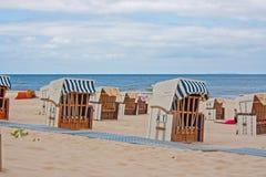 Шезлонги, Балтийское море стоковое фото rf