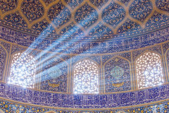 Шейх Lotfollah Мечеть на квадрате Naqhsh-e Jahan в Isfahan, Иране Стоковое Изображение
