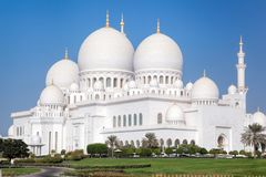 Шейх Zayed Грандиозн Мечеть в Абу-Даби, Объединенных эмиратах Стоковые Изображения RF