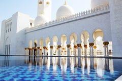 Шейх Zayed Грандиозн Мечеть, Абу-Даби, ОАЭ Стоковые Изображения
