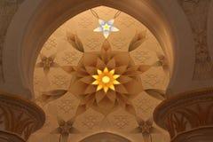 Шейх Zayed Грандиозн Мечеть внутрь Стоковая Фотография