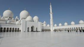 Шейх Zayed Грандиозн Мечеть в Abu Dhabi сток-видео