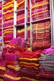 шелк сари рынка Индии ткани Стоковые Фотографии RF