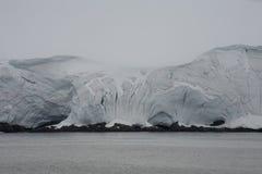 Шельфовый ледник, Антарктика. Стоковые Фото
