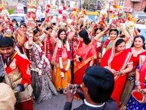 Шествие свадьбы на улицах Джодхпур стоковая фотография
