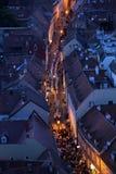 Шествие через улицы города на день наша дама vrata Kamenita, patroness Загреба стоковые изображения