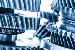Шестерни, cogwheels grunge, реальный конец-вверх элементов двигателя Тяжелая индустрия Стоковое Изображение