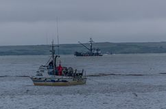 Шестерня установки Gillnetter в заливе Бристоля для семг Sockeye стоковое фото rf