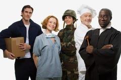 Шеф-повар и судья солдата хирурга работника доставляющего покупки на дом стоковая фотография rf
