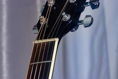 Шея гитары встречает голову гитары Стоковая Фотография RF