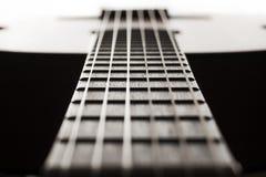 Шея классической гитары крупного плана с малой глубиной поля ab Стоковое Изображение RF