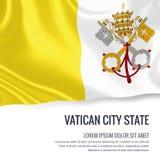 Шелковистый флаг Vatican City State развевая на изолированной белой предпосылке с белым текстовым участком для вашего сообщения р Стоковые Изображения