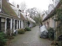 Шикарная мощенная булыжником улица в Utrecht, Нидерланд стоковое фото rf