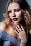 Шикарная модная женщина Стоковая Фотография