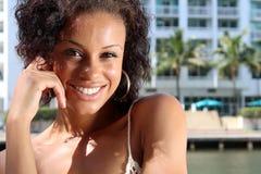 Шикарная молодая Афро-американская дама стоковая фотография