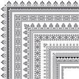 Орнаментальная угловойая граница сделанная множественных рамок Стоковое Фото