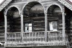 Шикарный высекаенный балкон, тип башни (Terem), камера, старый дом, Стоковые Изображения RF
