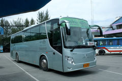 шина Золот-дракона зеленой компании автобусного транспорта Стоковые Изображения
