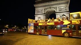 Шина ночи в Париже видеоматериал