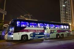 Шина Volvo компании правительства перехода Автобусный маршрут в 15 метров Стоковое Фото