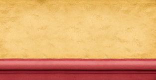 Широкая желтая бетонная стена как предпосылка Стоковые Изображения RF