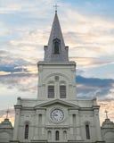 Широкая съемка собора Сент-Луис в Новом Орлеане Стоковые Изображения RF