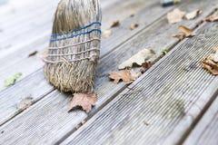 Широкое деревянное крылечко Стоковая Фотография RF