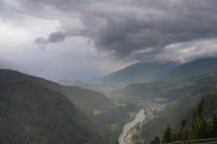 Широкоформатное фото гор доломитов, Италия панорамы стоковые фото