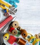 Шить инструменты и аксессуары Стоковая Фотография