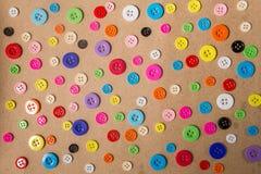шить кнопок предпосылки застегивает цветастый шить Стоковые Изображения RF
