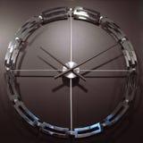 Шкала и руки часов висят на стене на коричневом backgro Стоковое Изображение RF
