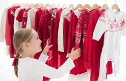 Шкаф одежд с красной ноской knit рождества Стоковое Изображение RF