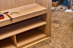 Шкаф сделанный из облицовки MDF и дуба Детализирует деревянную продукцию Стоковое фото RF