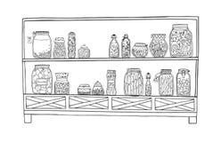 Шкаф с замаринованными опарниками с овощами, плодоовощами, травами и ягодами на полках Еда marinated осенью контур Стоковая Фотография RF