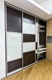 Шкаф с раздвижными дверями Стоковые Изображения RF