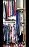 шкаф человека стоковые изображения rf