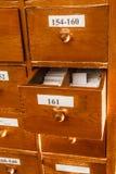 Шкаф для держать печатные документы Стоковые Изображения
