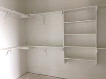 Шкаф для одежды в новом доме стоковое изображение
