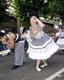 школа самбы london поплавка танцоров стоковая фотография