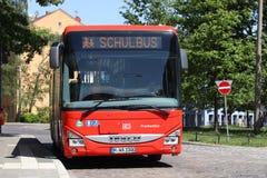 Школьный автобус Нюрнберга стоковая фотография