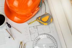Шлем и etc на светокопии, архитектурноакустическая концепция стоковые изображения rf