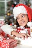 шлем santa девушки подарков Стоковое Изображение