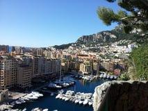 Шлюпка выходит дом, Монако стоковые фотографии rf