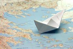 шлюпка Греция, котор нужно переместить стоковые изображения