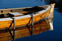 шлюпка деревянная Стоковые Изображения RF