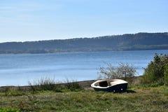 Шлюпка озера Стоковая Фотография RF