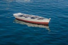 Шлюпка Fisher в порте стоковое фото rf